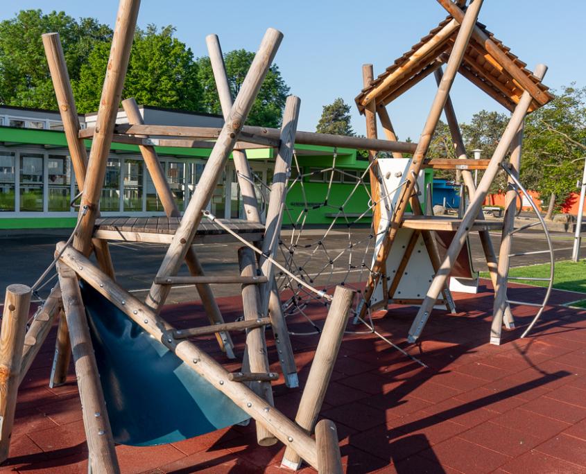 Spielplatz Schule Fahrweid